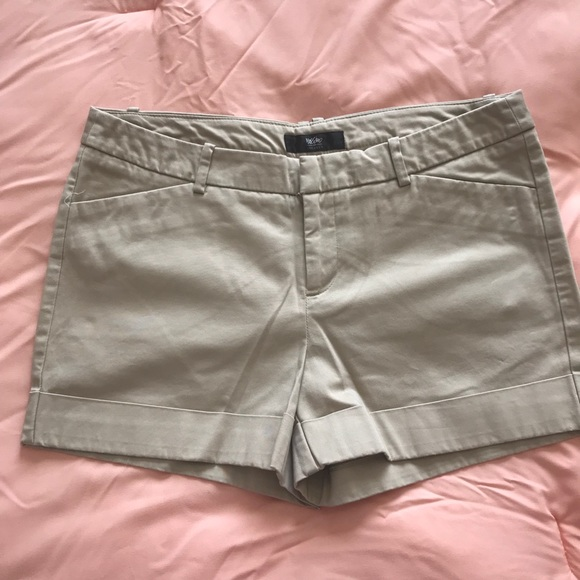 Mossimo Supply Co. Pants - Shorts Size 8